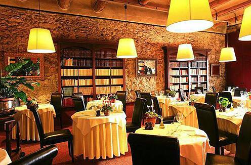 Les Arcenaulx restaurant in Marseille