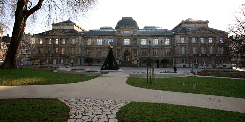 Musée des Beaux-Arts. This major fine arts museum is one of the best in France.